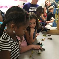 STEM Day 3rd Grade Girls with Circuits Sept 2017